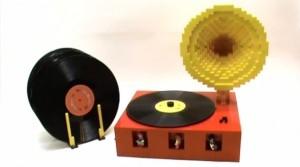 lego-recordplayer-590x330
