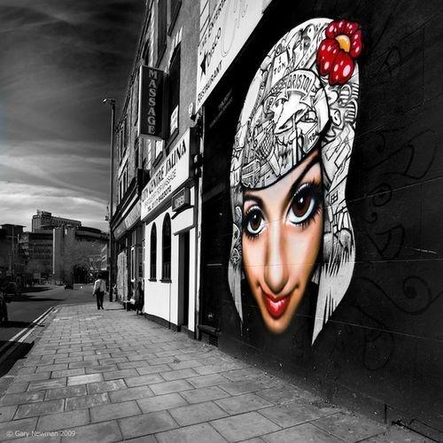 e528def922f394ba2ab0b7daae52dca9--street-art-utopia-street-art-graffiti